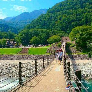 Подвесной мост в знаменитую деревню Сиракава-го