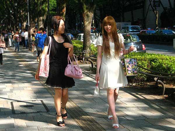 Девушки, японская мода
