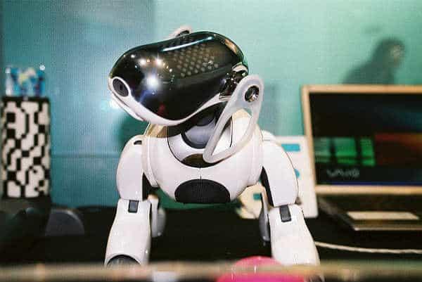 Японский робот Айбо