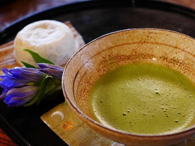 Как проходит чайная церемония в Японии? И чего не следует делать!