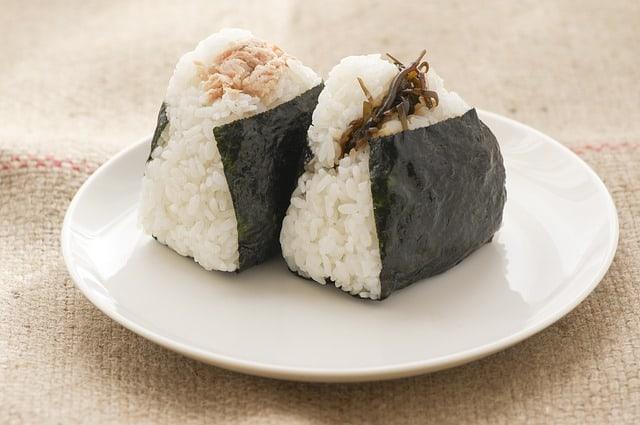Названия популярных блюд японской кухни