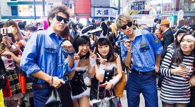 Как отмечают Хэллоуин в Японии. Костюмированный парад в Сибуя и детские радости.
