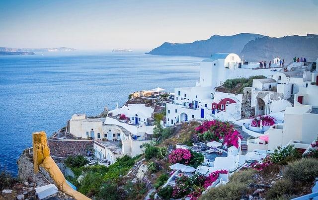 5 стран с красивейшей весной в мире. Куда стоит ехать весной.