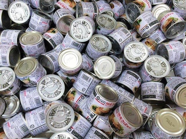 консервы в японском супермаркете